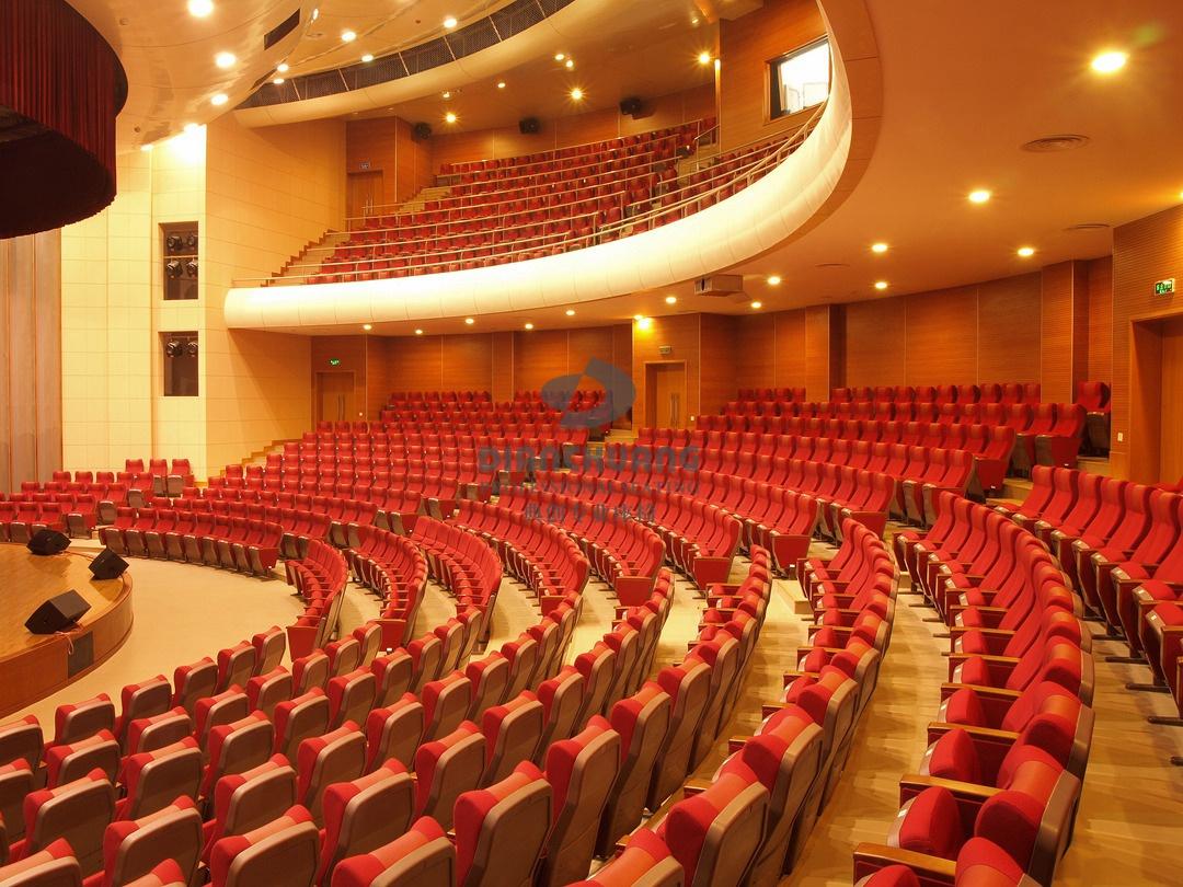 工程案例 音乐厅礼堂椅